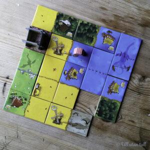 Brettspelet King Domino på eit bord